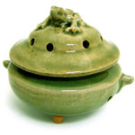 Ceramic Japanese Handthrown Bowl - Celadon Frog Bowl for Cone Incense